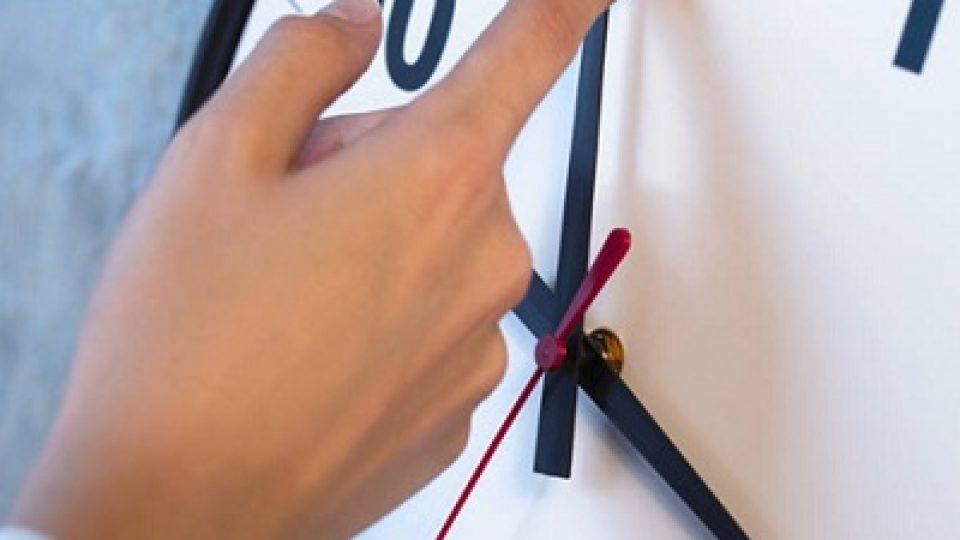 horloge-cadran-changement-heure-recule-heure-normale-Images-CPA-publiee-par-INFOSuroit